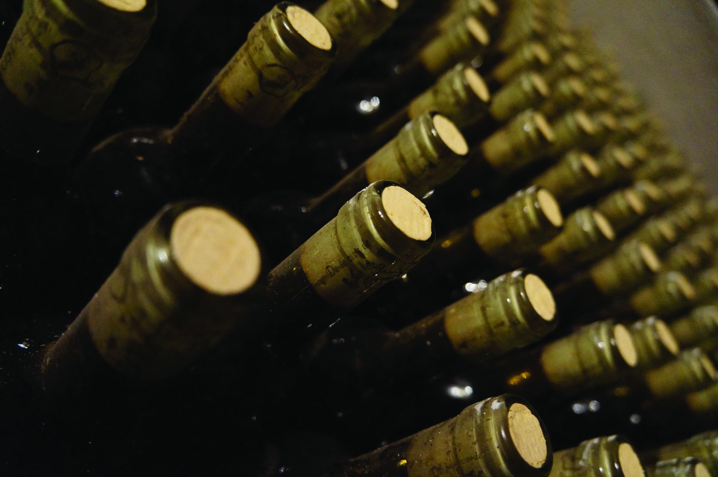 alcoholic-beverage-bottles-774454.jpg