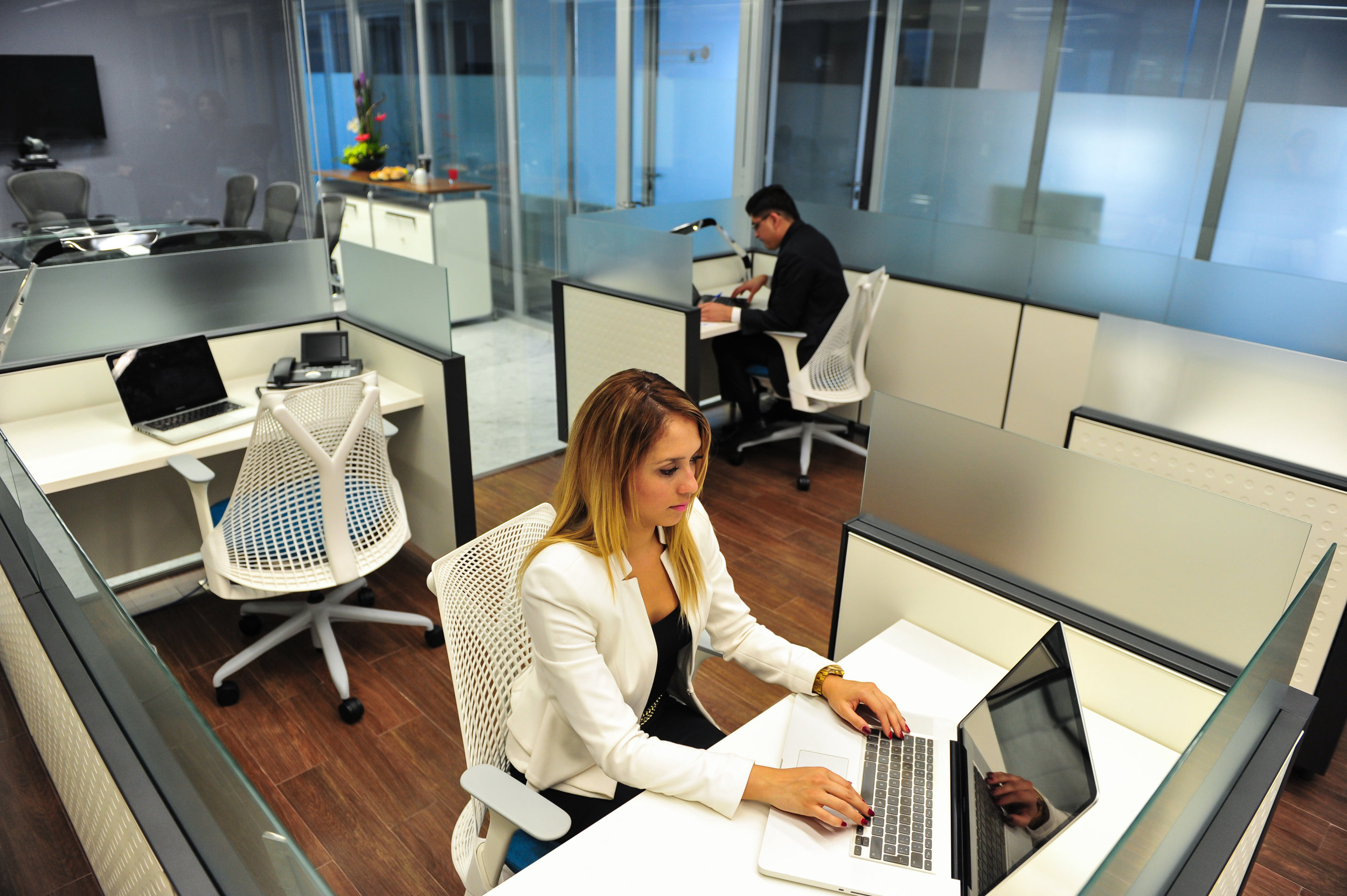 business lounge3_psf.jpg