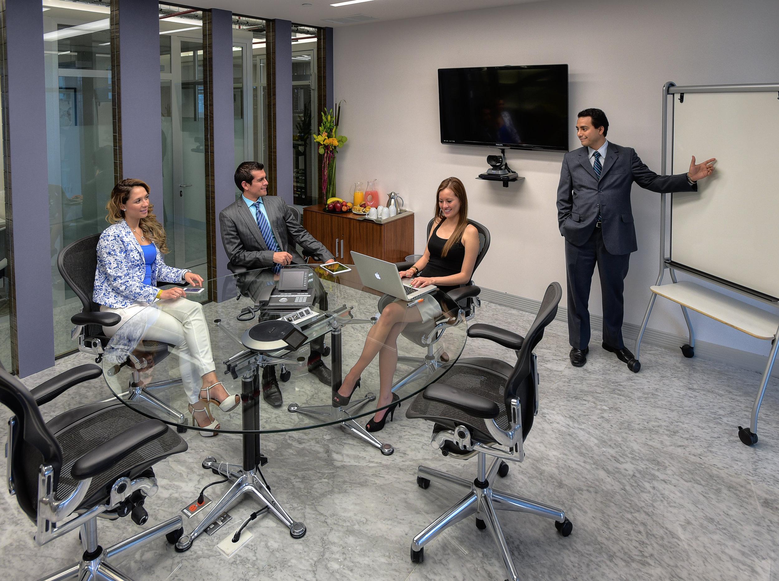 025_executive room_ang.jpg
