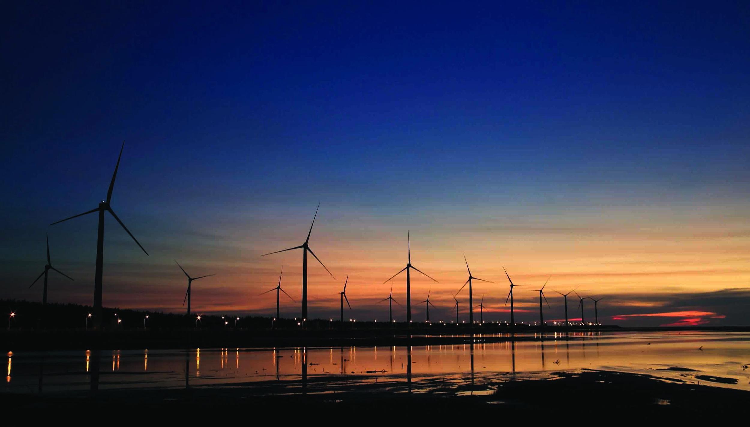 clouds-dawn-dusk-157039.jpg