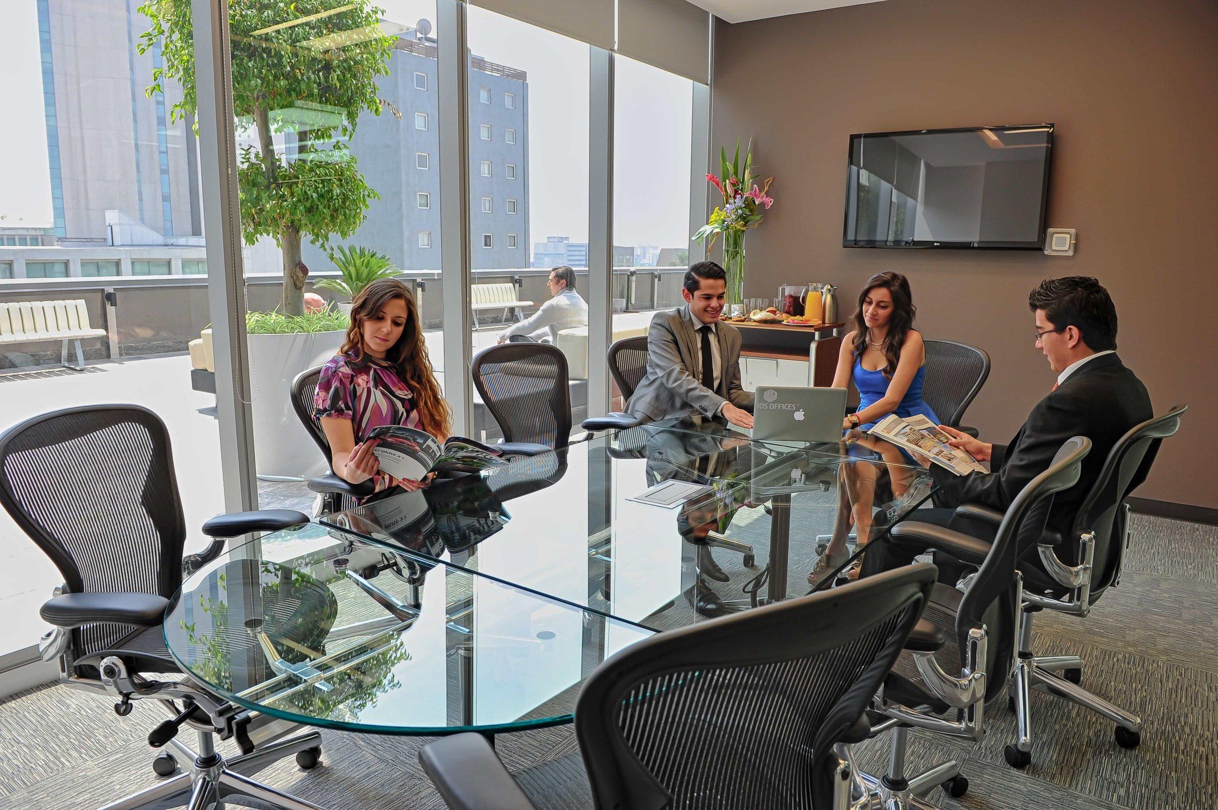executive room2_cr-min.jpg