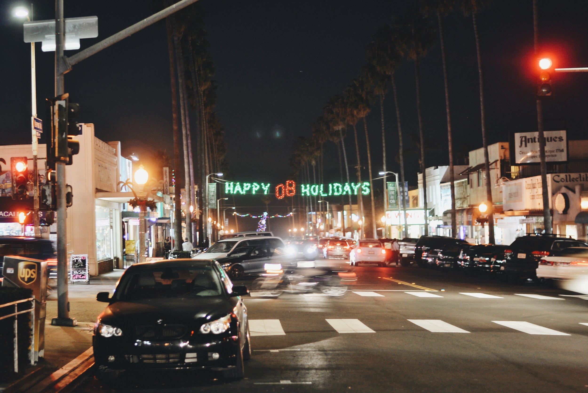 #353 Christmas Evenings in OB.JPG