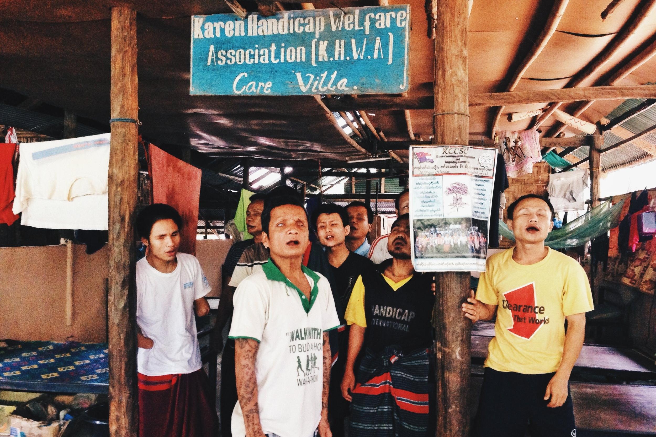 MAE SOT - Visiting a Karen Refugee Camp in Northwestern Thailand