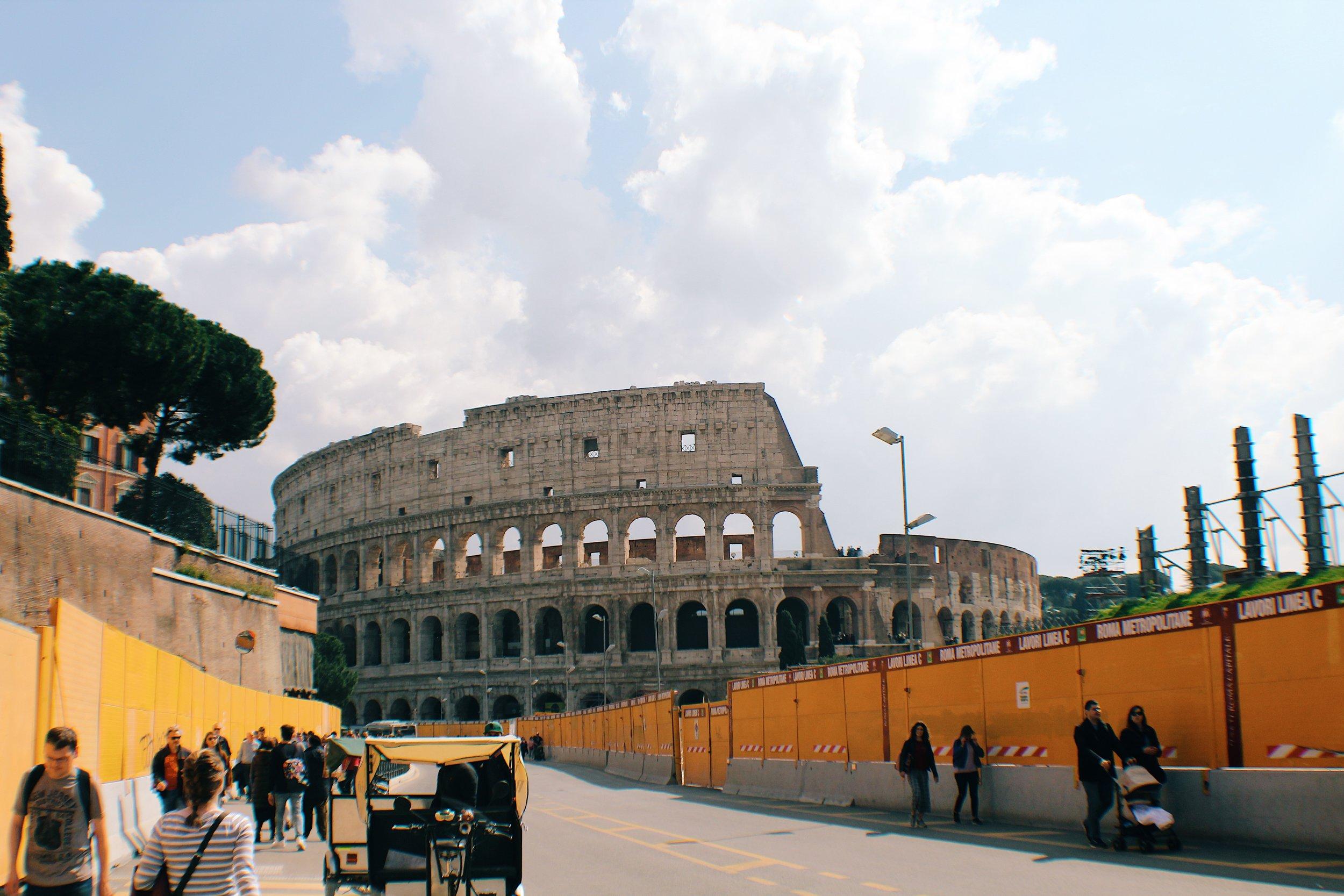 Colosseo [1].jpg
