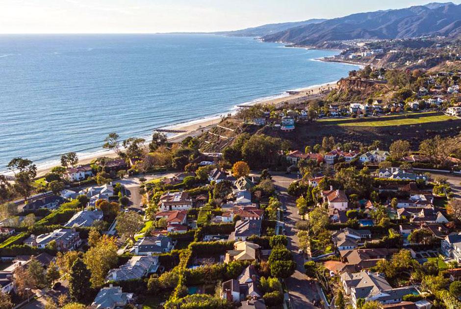 BEACH COMMUNITIES -