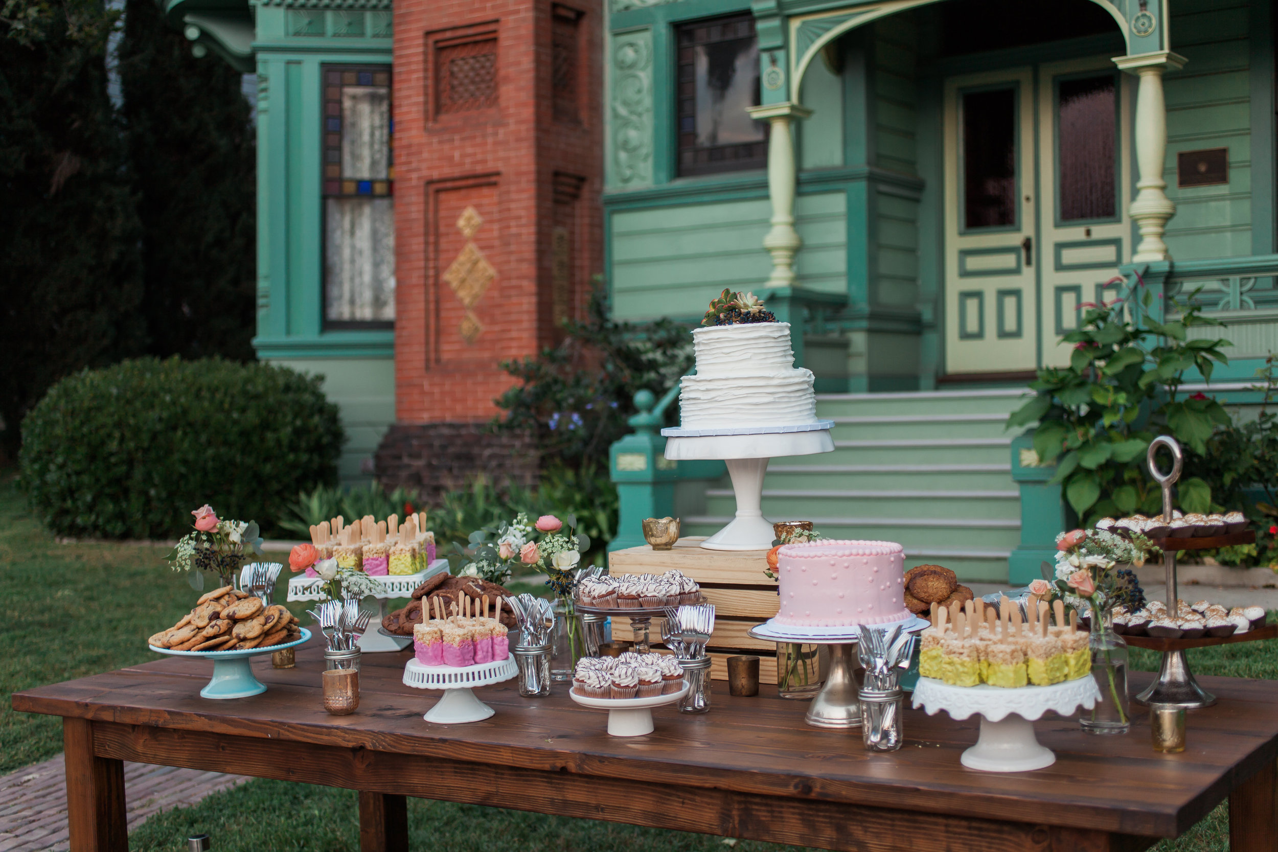 Dessert Table & Decor