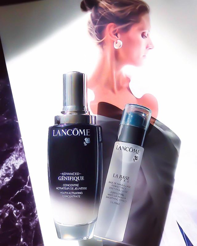 #Lancomegiftedme I have heard a lot of great things about this Advanced Genefique from @lancomeofficial and you know I am a huge fan of serum! Just after first try I already noticed the difference which my skin just drinks in. It's lightweight and makes skin so soft. Smoothed the texture of my skin, reduced fine lines, and makes my skin look more radiant. Love it! 🖤#Lancome #OctolyFamily https://www.octoly.com/c/hbjco/r/hb3hm