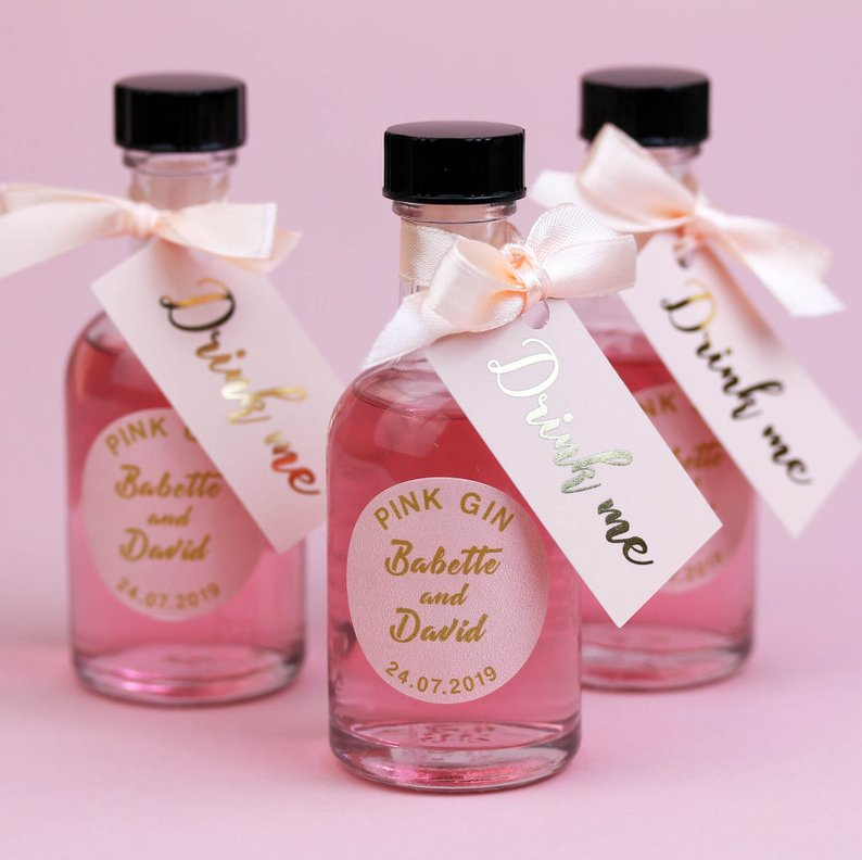pink-gin-miniature-wedding-favour.jpg