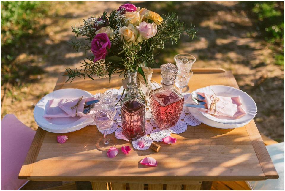 poroka-wedding-inspiration-spring-styled-session-sanjska-obleka-nika-grega-orchard-themed-destionation-photographer-slovenia-poročni-fotograf-slovenija-europe-boho-romantic-vintage 008.jpg