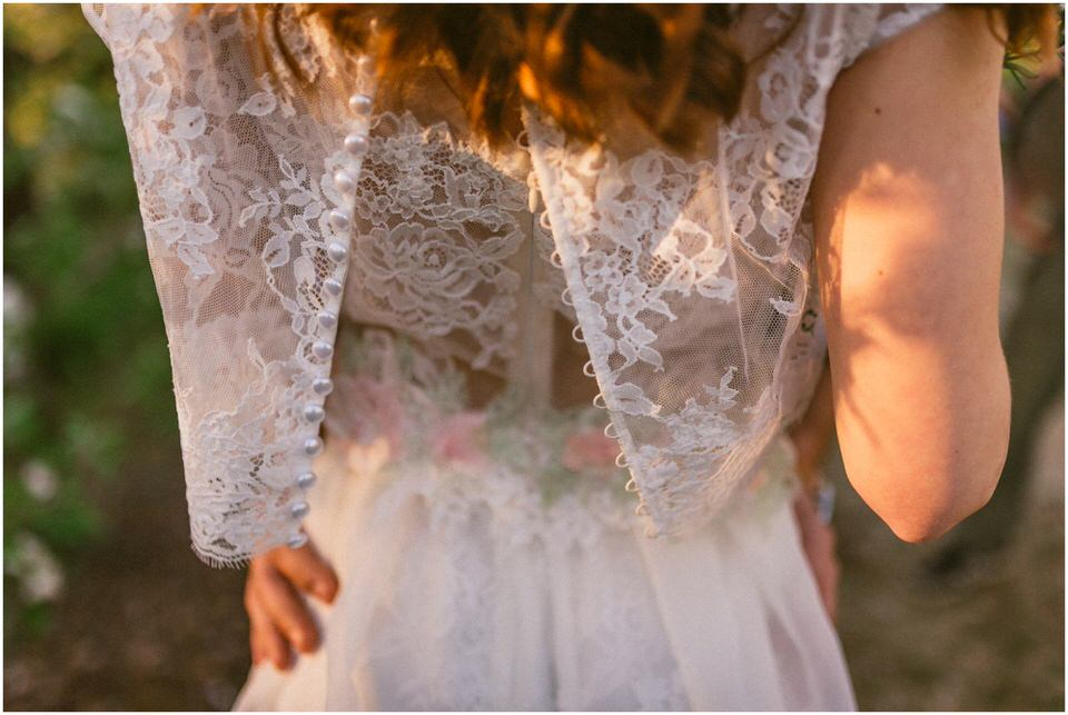 poroka-wedding-inspiration-spring-styled-session-sanjska-obleka-nika-grega-orchard-themed-destionation-photographer-slovenia-poročni-fotograf-slovenija-europe-boho-romantic-vintage 013.jpg
