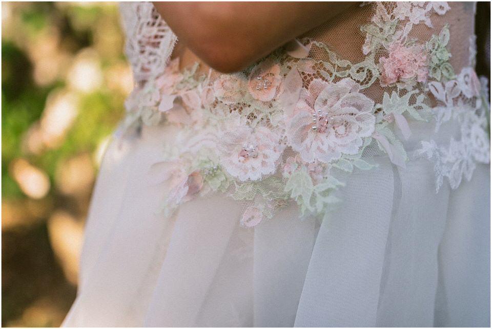 poroka-wedding-inspiration-spring-styled-session-sanjska-obleka-nika-grega-orchard-themed-destionation-photographer-slovenia-poročni-fotograf-slovenija-europe-boho-romantic-vintage 015.jpg