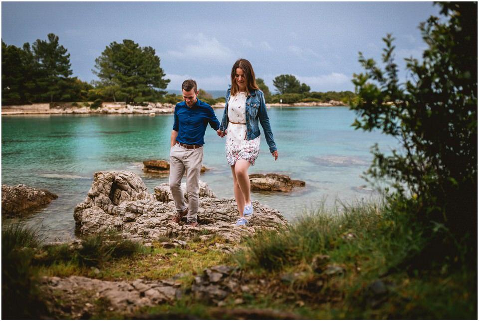 02 poroka porocni fotograf fotografiranje zaroka morje obala predporocno fotografiranje mali losinj (8).jpg