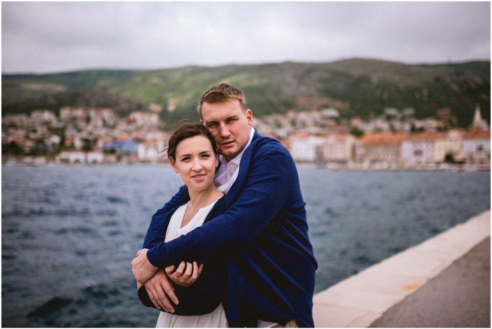03 poroka hrvaska senj pag jadran nika grega porocni fotograf poletje morje obala zaroka predporocno zarocno fotografiranje (12).jpg