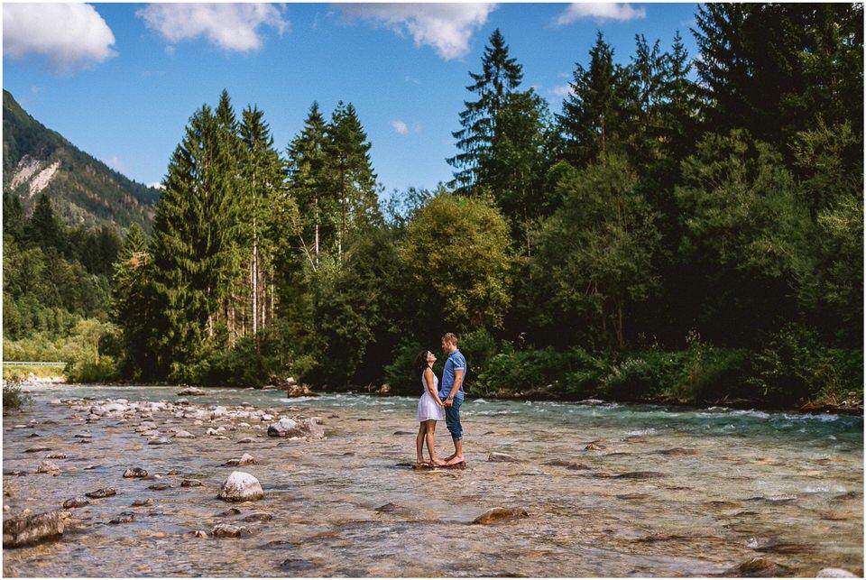 02 kranjska gora poroka porocni fotograf nika grega slap zelenci narava triglavski narodni park zaroka predporocno fotografiranje (9).jpg
