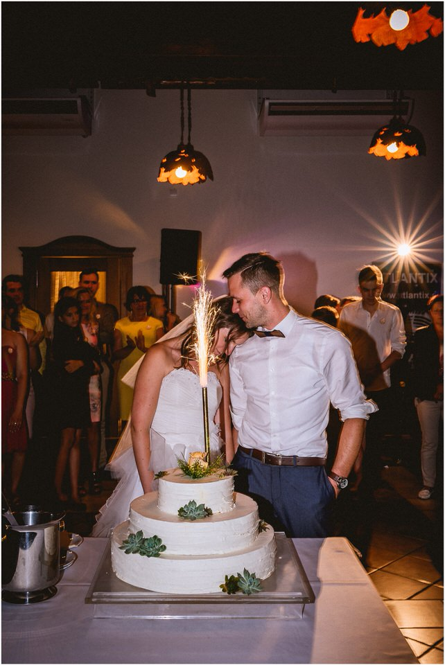 05 international destination wedding photographer europe greece ireland france spain italy malta (13).jpg
