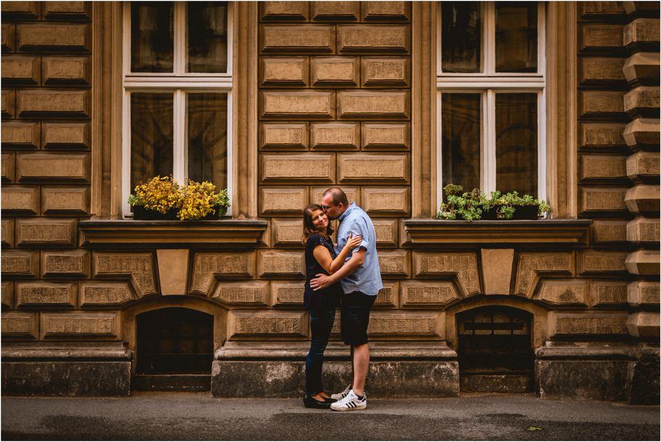 03 poroka zagreb vjencanje centar hrvaska hrvatska croatia city wedding engagement elopement couple  (8).jpg