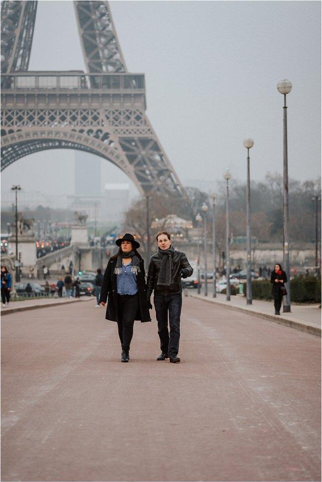 03 elopement wedding engagement honeymoon anniversary photographer paris france nika grega europe couple session photoshoot moody rainy  (1).jpg