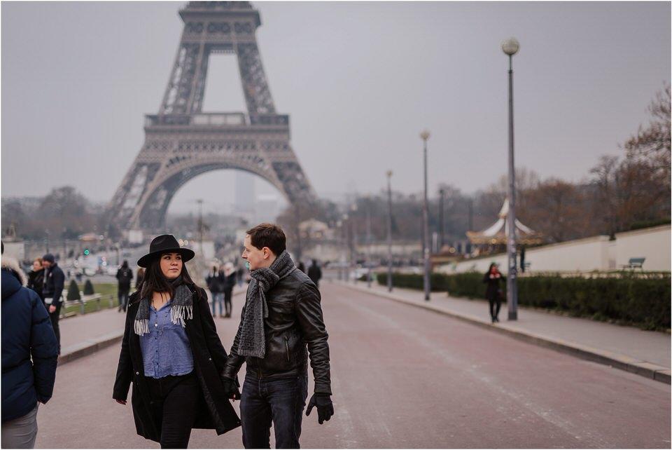 03 elopement wedding engagement honeymoon anniversary photographer paris france nika grega europe couple session photoshoot moody rainy  (2).jpg