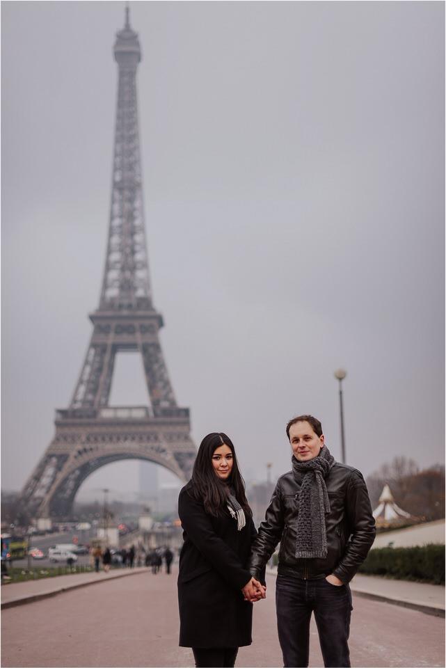 03 elopement wedding engagement honeymoon anniversary photographer paris france nika grega europe couple session photoshoot moody rainy  (6).jpg