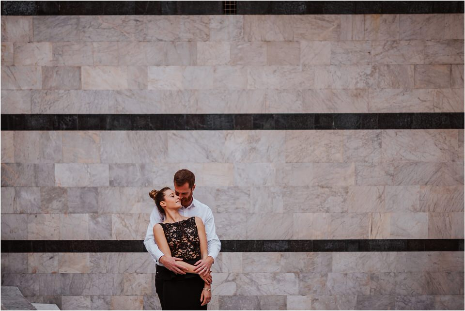01 siena tuscany italy engagement anniversary wedding photographer photography candid toscana nika grega 013.jpg