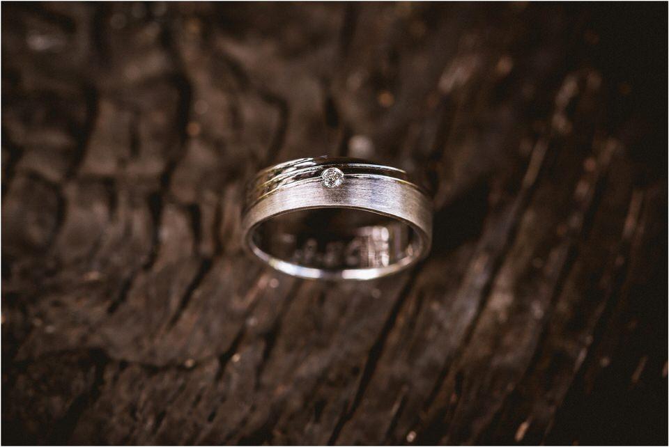 01 tri lucke krsko poroka porocni fotograf posavje grad brestanica brezice rajhenburd rustikalna romanticna poroka 004.jpg