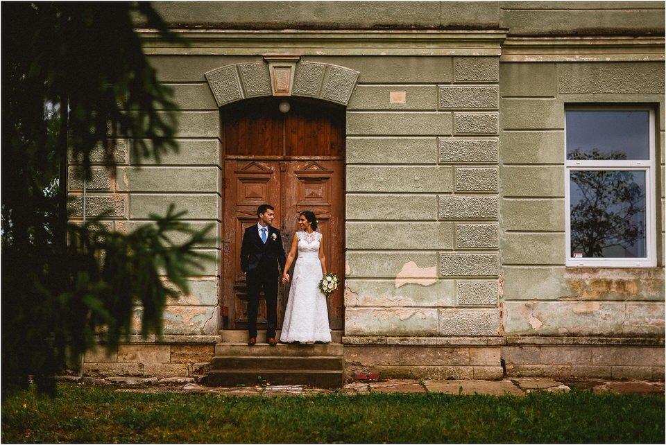03 poroka v naravi tri lucke slovenija posavje krsko brezice sevnica rajhenburg grad rustikalna cipka romantika 017.jpg