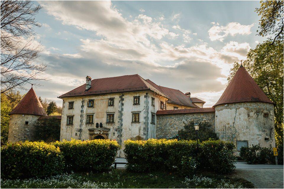 01 poroka otocec grad castle slovenia dolenjska novo mesto zaroka zarocno fotografiranje narava 001.jpg