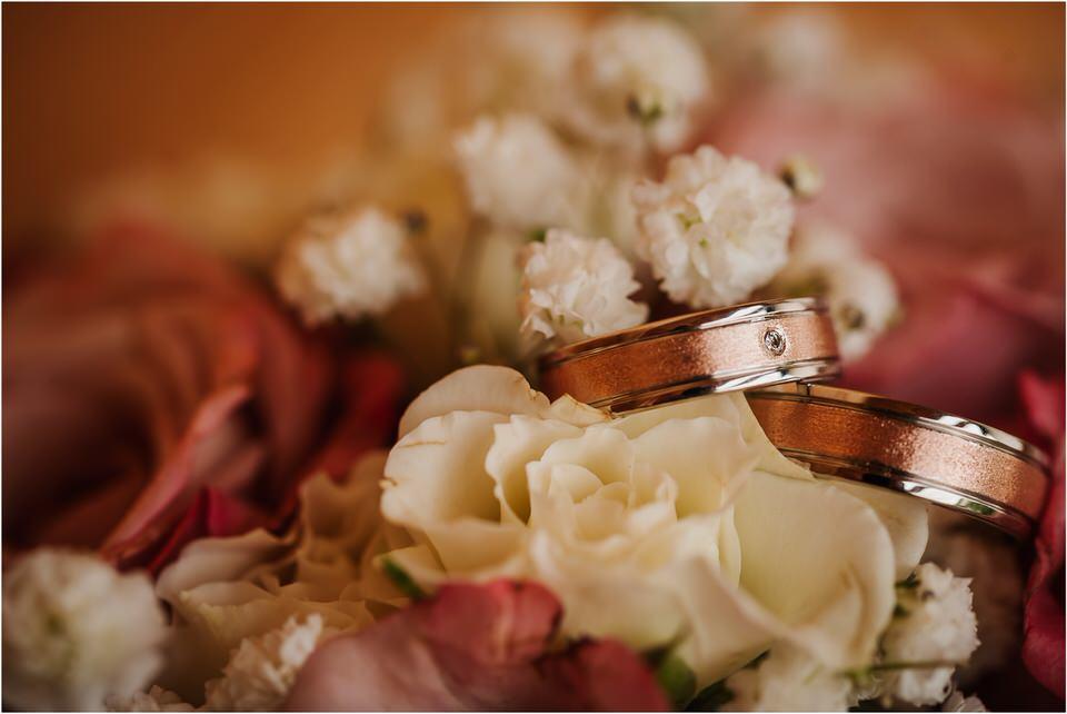 wedding slovenia dular kostanjek poroka porocni fotograf fotografiranje slovenia engagement rustic wedding romantic rustikalna poroka porocim se sentjernej 007.jpg