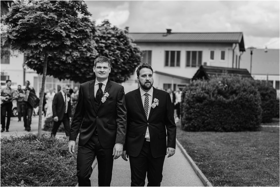 wedding slovenia dular kostanjek poroka porocni fotograf fotografiranje slovenia engagement rustic wedding romantic rustikalna poroka porocim se sentjernej 023.jpg