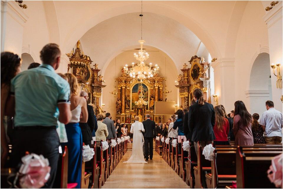 wedding slovenia dular kostanjek poroka porocni fotograf fotografiranje slovenia engagement rustic wedding romantic rustikalna poroka porocim se sentjernej 024.jpg