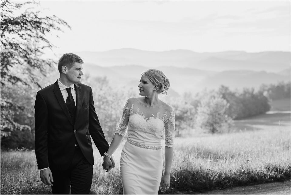 wedding slovenia dular kostanjek poroka porocni fotograf fotografiranje slovenia engagement rustic wedding romantic rustikalna poroka porocim se sentjernej 050.jpg