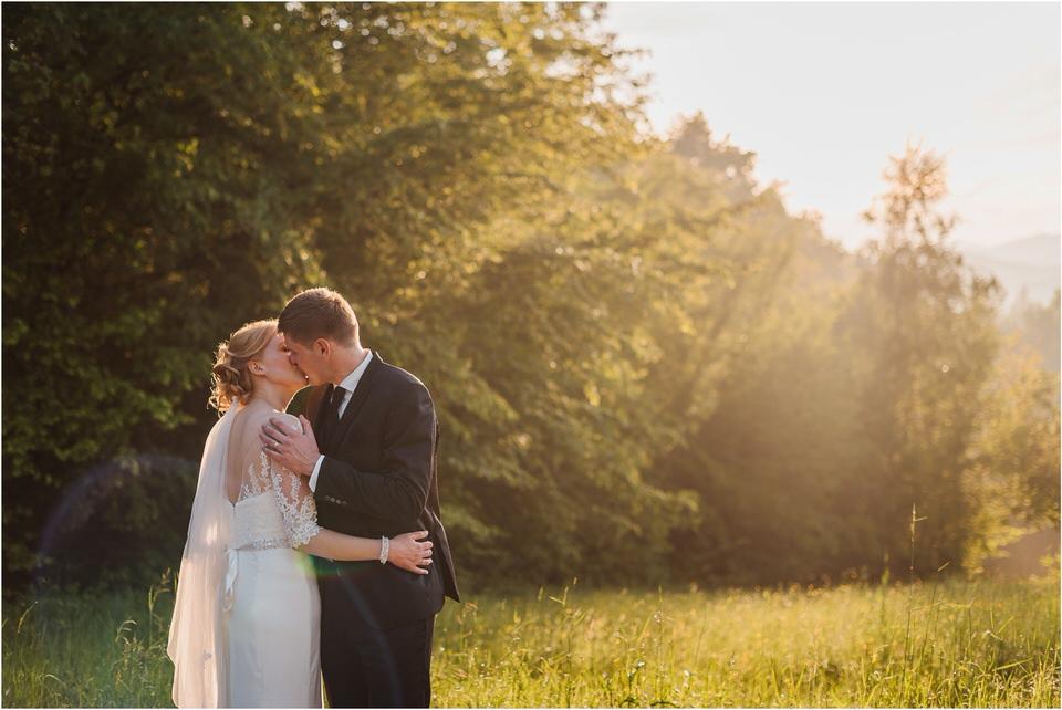 wedding slovenia dular kostanjek poroka porocni fotograf fotografiranje slovenia engagement rustic wedding romantic rustikalna poroka porocim se sentjernej 056.jpg