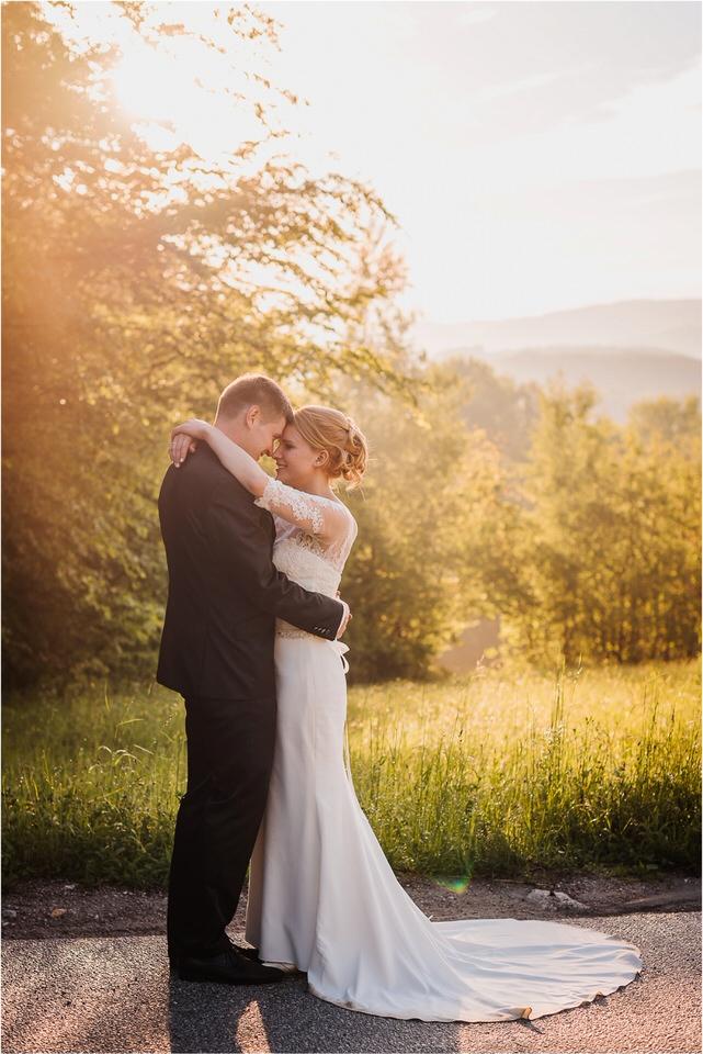 wedding slovenia dular kostanjek poroka porocni fotograf fotografiranje slovenia engagement rustic wedding romantic rustikalna poroka porocim se sentjernej 060.jpg