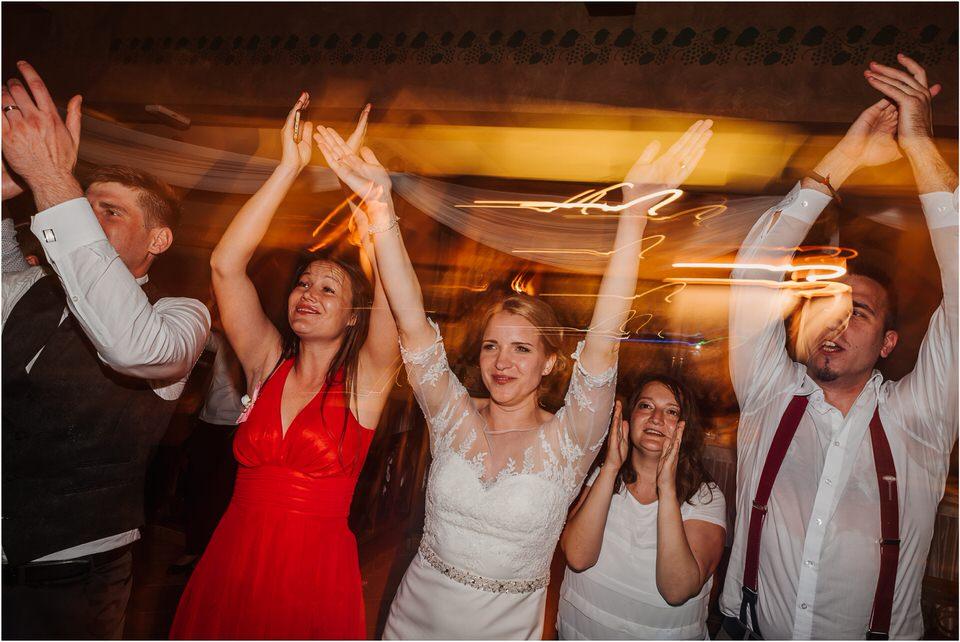 wedding slovenia dular kostanjek poroka porocni fotograf fotografiranje slovenia engagement rustic wedding romantic rustikalna poroka porocim se sentjernej 073.jpg