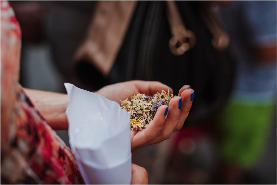 poroka gorenjska wedding slovenia photographer destionation kranj kamnik kamniska bistrica repnik penzion fotografiranje fotograf sanjska obleka 0021.jpg