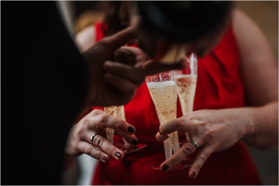 poroka gorenjska wedding slovenia photographer destionation kranj kamnik kamniska bistrica repnik penzion fotografiranje fotograf sanjska obleka 0025.jpg
