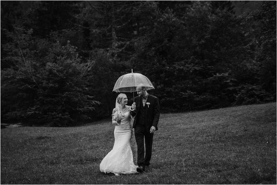 poroka gorenjska wedding slovenia photographer destionation kranj kamnik kamniska bistrica repnik penzion fotografiranje fotograf sanjska obleka 0041.jpg