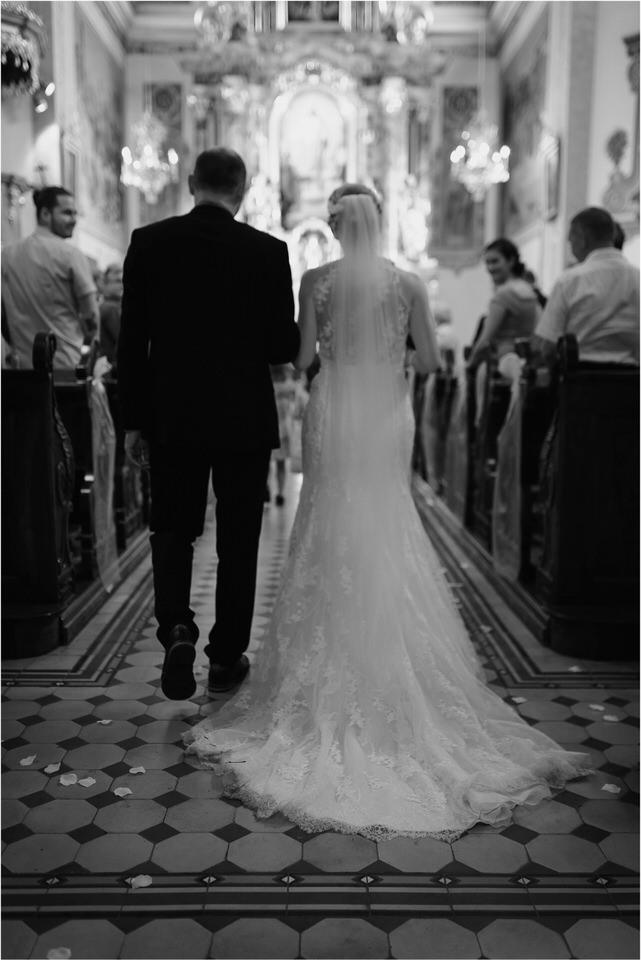 poroka gorenjska wedding slovenia photographer destionation kranj kamnik kamniska bistrica repnik penzion fotografiranje fotograf sanjska obleka 0050.jpg