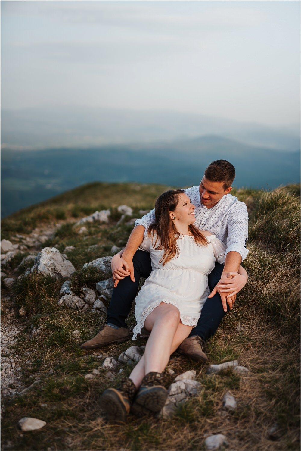 nanos slovenia mountain engagement poroka zaroka zarocno fotografiranje boho wedding chic nika grega slovenia slovenija 0034.jpg