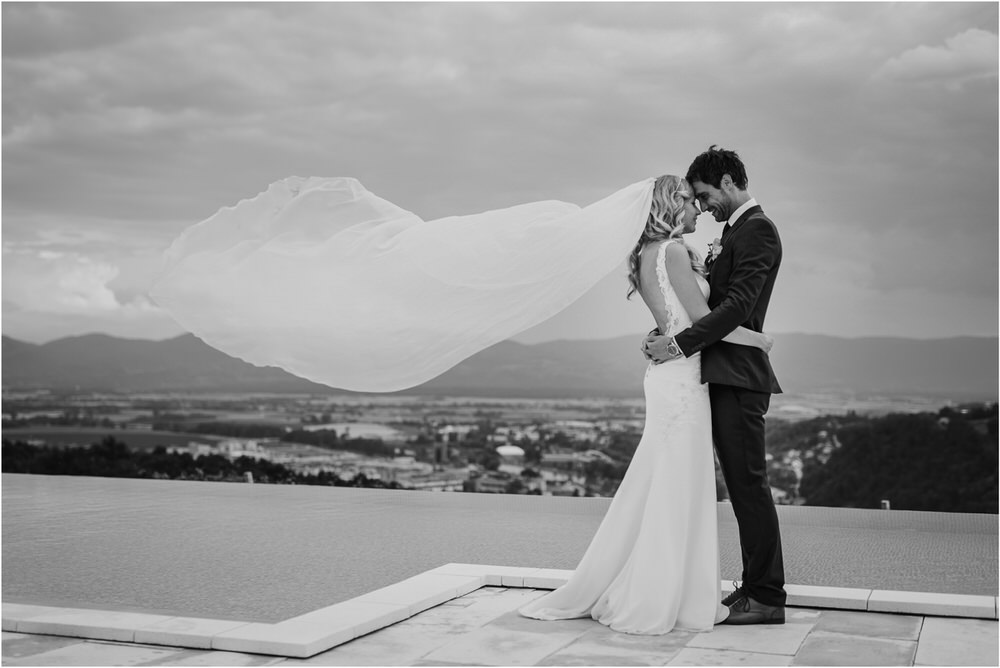 tri lucke slovenija krsko posavje poroka porocni fotograf fotografiranje elegantna poroka vinograd classy elegant wedding slovenia 0047.jpg