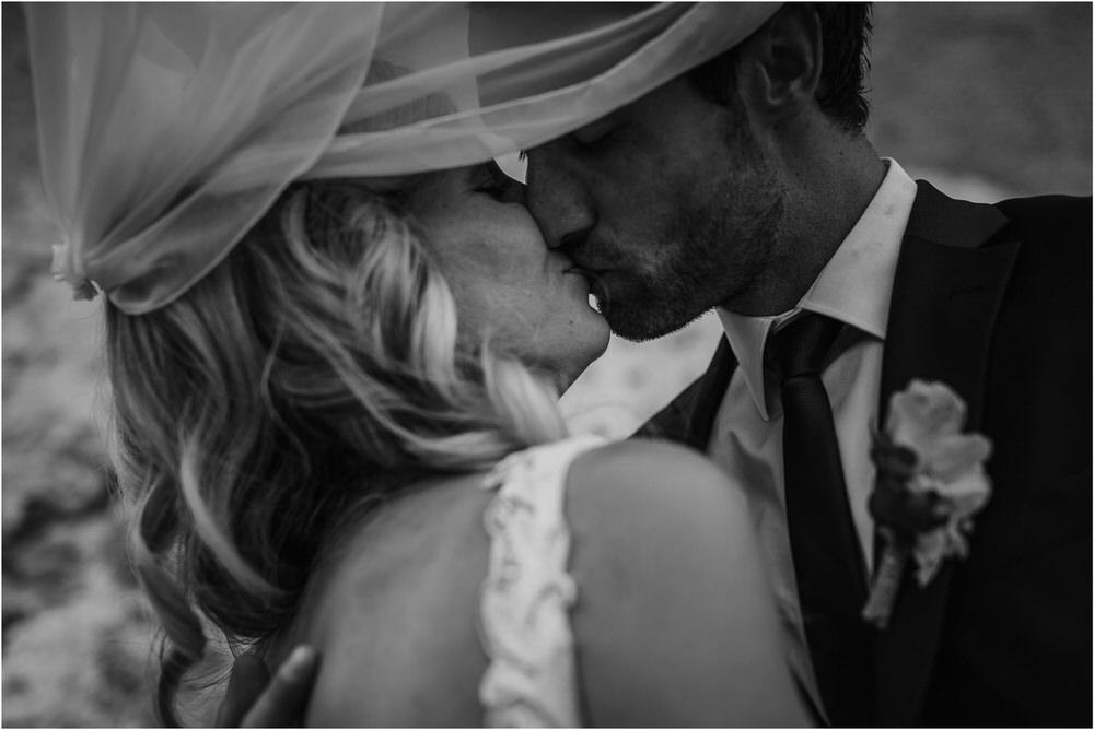 tri lucke slovenija krsko posavje poroka porocni fotograf fotografiranje elegantna poroka vinograd classy elegant wedding slovenia 0058.jpg