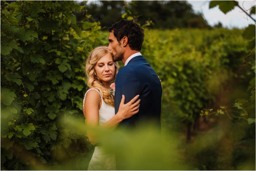 tri lucke slovenija krsko posavje poroka porocni fotograf fotografiranje elegantna poroka vinograd classy elegant wedding slovenia 0071.jpg