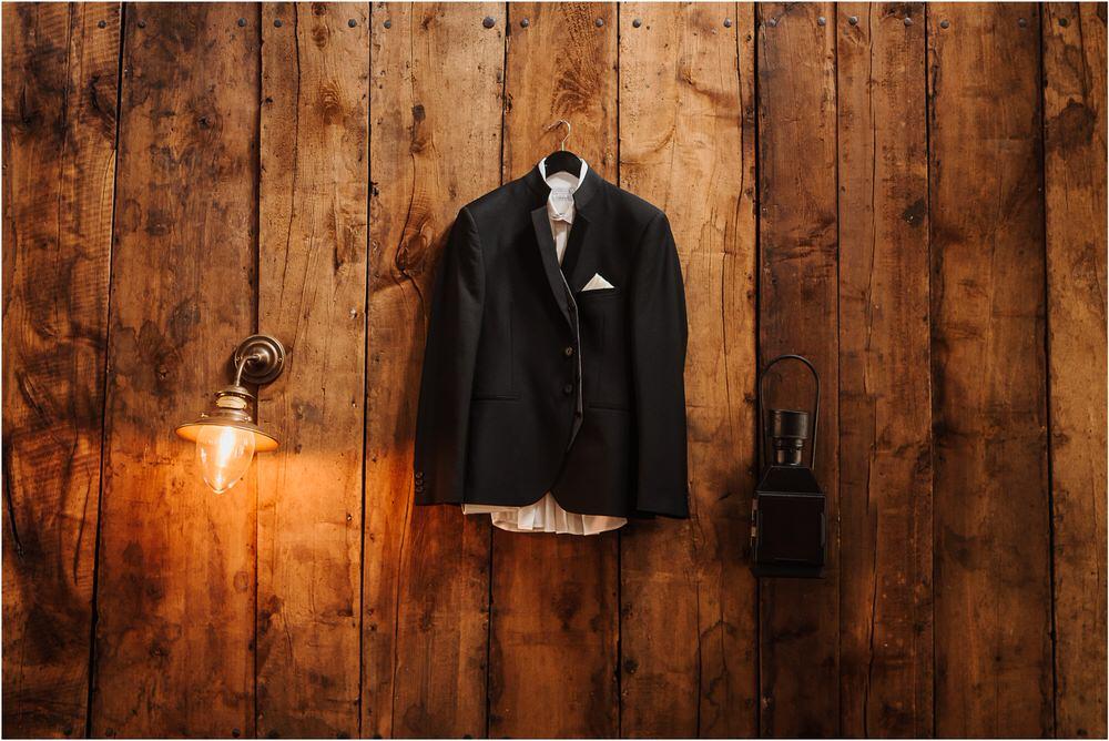 zicka kartuzija poroka porocni fotograf fotografija luka in ben loce elegantna poroka slovenski porocni fotograf  0017.jpg