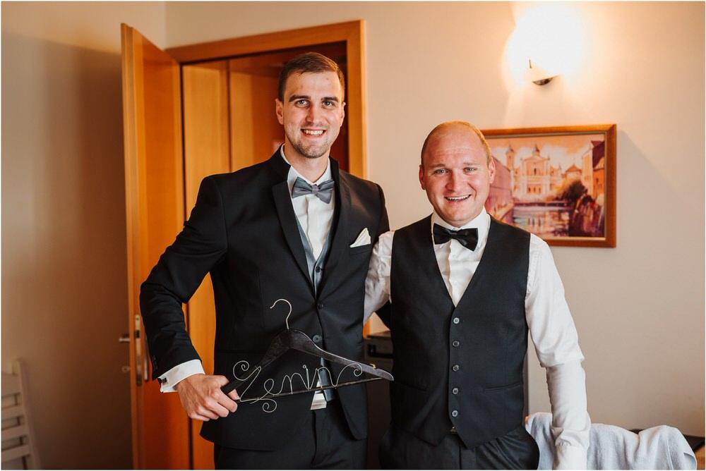 zicka kartuzija poroka porocni fotograf fotografija luka in ben loce elegantna poroka slovenski porocni fotograf  0024.jpg
