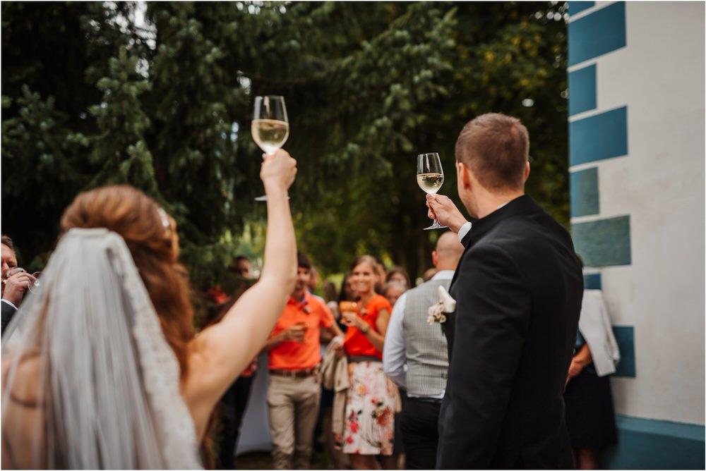 zicka kartuzija poroka porocni fotograf fotografija luka in ben loce elegantna poroka slovenski porocni fotograf  0043.jpg