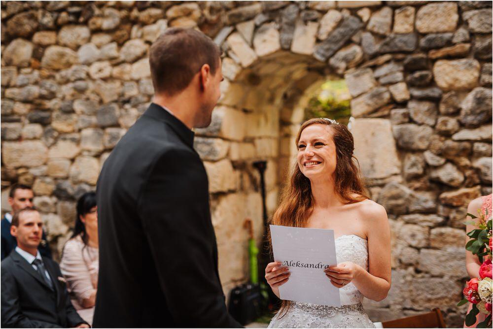 zicka kartuzija poroka porocni fotograf fotografija luka in ben loce elegantna poroka slovenski porocni fotograf  0059.jpg