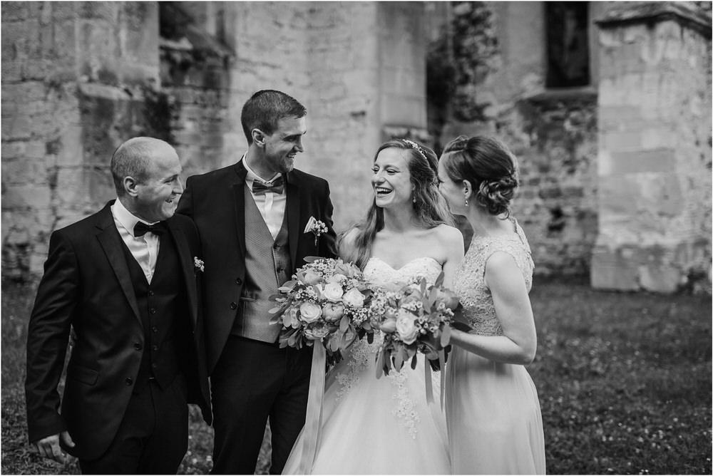 zicka kartuzija poroka porocni fotograf fotografija luka in ben loce elegantna poroka slovenski porocni fotograf  0068.jpg