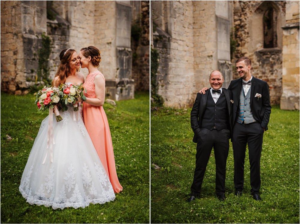 zicka kartuzija poroka porocni fotograf fotografija luka in ben loce elegantna poroka slovenski porocni fotograf  0069.jpg