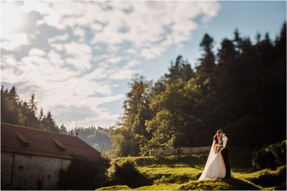 zicka kartuzija poroka porocni fotograf fotografija luka in ben loce elegantna poroka slovenski porocni fotograf  0082.jpg