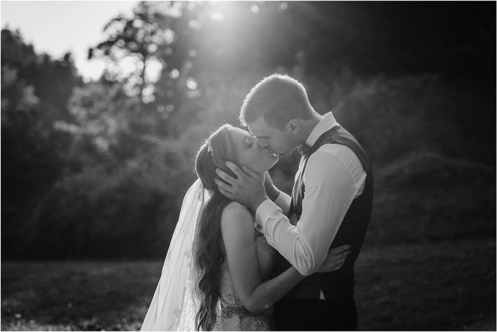 zicka kartuzija poroka porocni fotograf fotografija luka in ben loce elegantna poroka slovenski porocni fotograf  0083.jpg